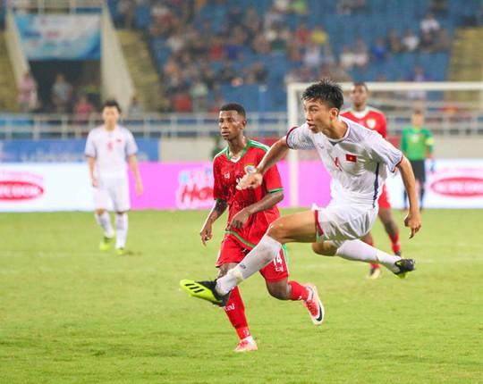 Đoàn Văn Hậu lọt vào tầm ngắm của đội bóng hàng đầu giải Đức - Ảnh 2.