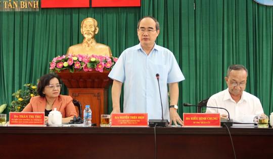 """Biến """"đặc sản"""" kẹt xe ở Sân bay Tân Sơn Nhất thành nơi tạo nguồn thu - Ảnh 1."""