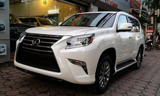 Gần 300 xe Lexus giá bạc tỉ bị triệu hồi vì lỗi túi khí - Ảnh 1.