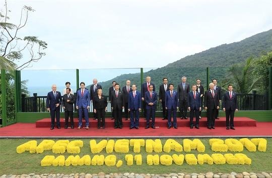 Soi đám cưới triệu đô tại Việt Nam của tỉ phú thế giới - Ảnh 6.