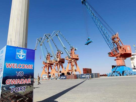"""Hé lộ số tiền 'khủng"""" Pakistan nợ Trung Quốc - ảnh 1"""