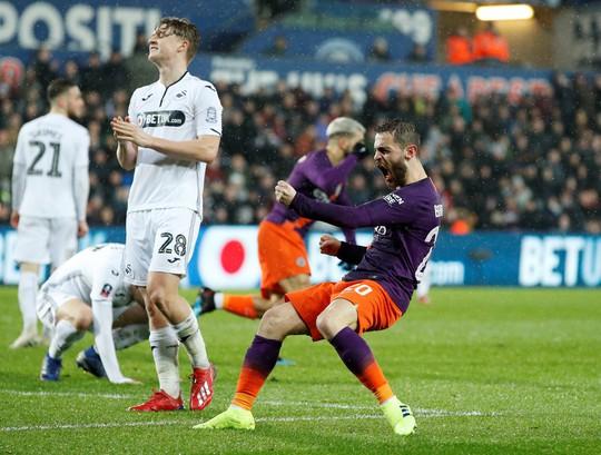 Chấn động FA Cup: Man United gục ngã trước bầy sói Wolverhampton - Ảnh 8.