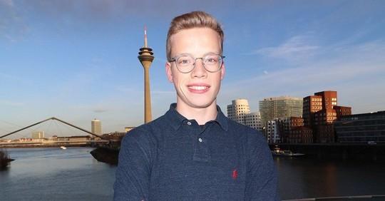 Nils Reichardt: 17 tuổi đã điều hành startup riêng - Ảnh 1.