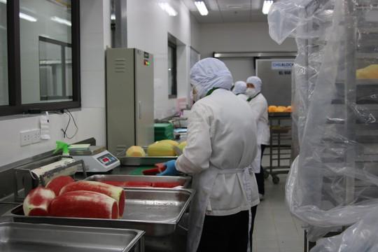 Khám phá bếp ăn đặc biệt làm 22.000 suất ăn/ngày cho các chuyến bay - ảnh 29
