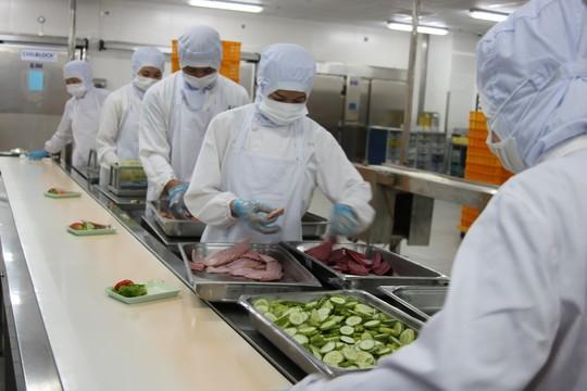 Khám phá bếp ăn đặc biệt làm 22.000 suất ăn/ngày cho các chuyến bay - ảnh 8