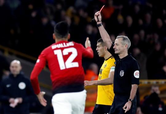 Nghi án trọng tài Atkinson tiếp tay loại Man United ở FA Cup? - Ảnh 9.