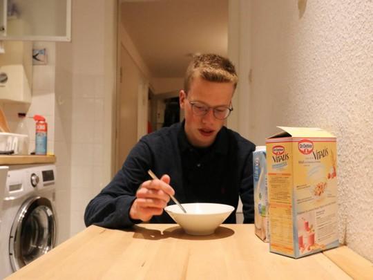 Nils Reichardt: 17 tuổi đã điều hành startup riêng - Ảnh 2.