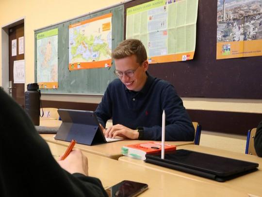 Nils Reichardt: 17 tuổi đã điều hành startup riêng - Ảnh 6.