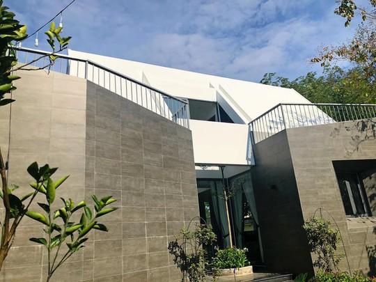 Nhà vườn đẹp như châu Âu của ca sĩ Cao Thái Sơn - Ảnh 8.