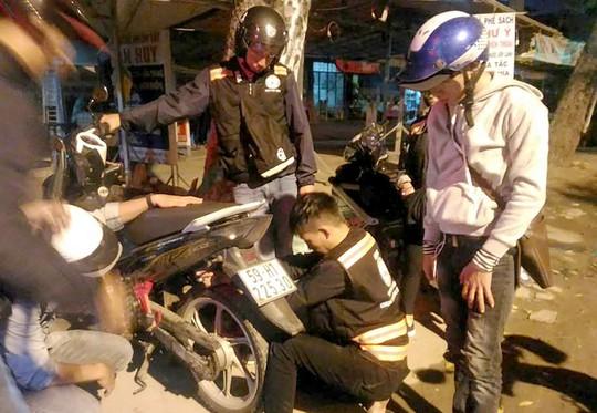 Chuyện lạ ở đội cứu hộ giao thông tình nguyện SOS Nam Sài Gòn - Ảnh 1.