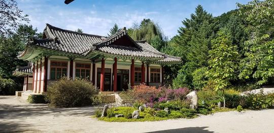 9 vùng du lịch nổi tiếng ở Triều Tiên - Ảnh 4.