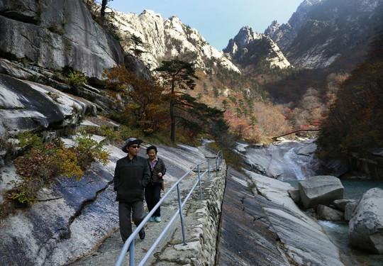 9 vùng du lịch nổi tiếng ở Triều Tiên - Ảnh 5.
