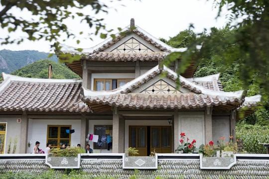 9 vùng du lịch nổi tiếng ở Triều Tiên - Ảnh 6.