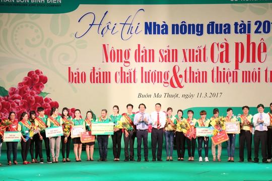 Bình Điền đưa nông dân tham dự khóa tập huấn tại Thái Lan - Ảnh 2.