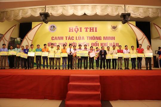 Bình Điền đưa nông dân tham dự khóa tập huấn tại Thái Lan - Ảnh 1.
