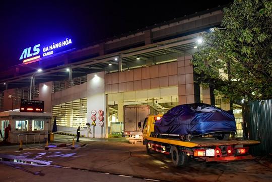 VinFast đưa 155 ô tô Lux ra nước ngoài kiểm thử - Ảnh 9.