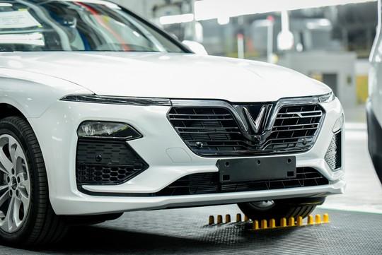 VinFast đưa 155 ô tô Lux ra nước ngoài kiểm thử - Ảnh 4.