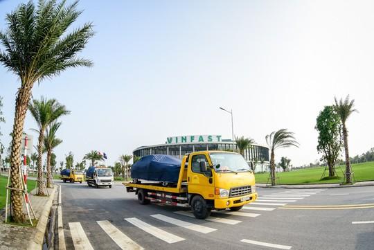 VinFast đưa 155 ô tô Lux ra nước ngoài kiểm thử - Ảnh 6.