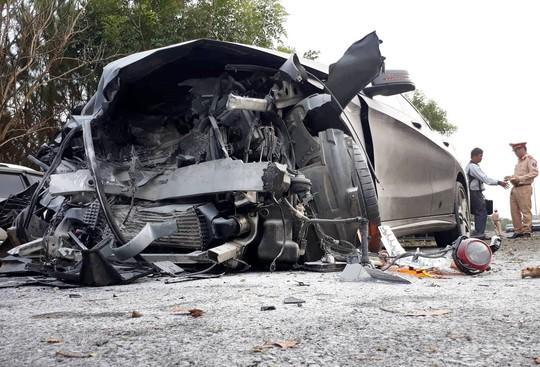 Tai nạn kinh hoàng trên cao tốc Liên Khương - Đà Lạt - Ảnh 3.