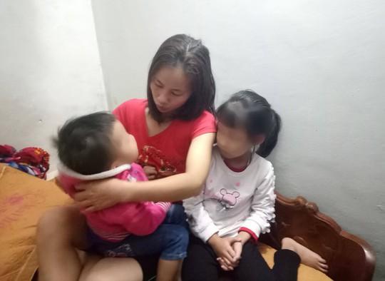 Vụ 5 người Việt tử nạn ở Thái Lan: Xé lòng người thân quê nhà - Ảnh 1.