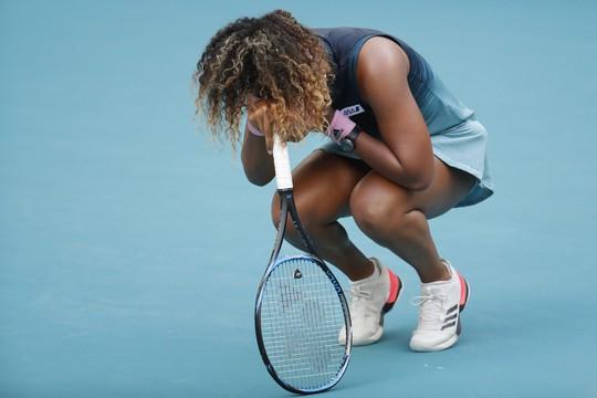 Serena Williams chấn thương đầu gối, rút lui khỏi Miami Open - Ảnh 4.