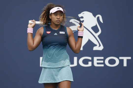 Serena Williams chấn thương đầu gối, rút lui khỏi Miami Open - Ảnh 2.