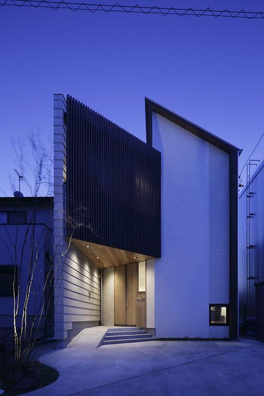 Xoay 45 độ tránh nắng, căn nhà kiểu Nhật được khen hết lời - Ảnh 4.