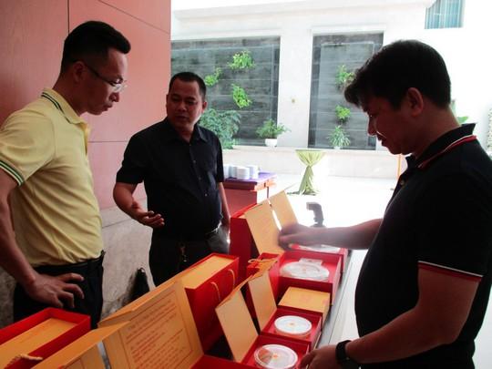 Mua yến sào Việt Nam, thương lái Trung Quốc bán lại với giá gấp 10 lần - Ảnh 1.