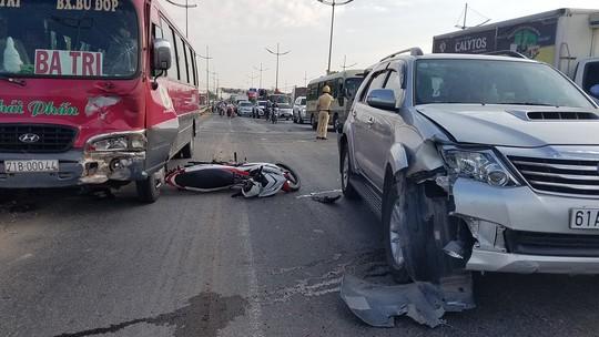 Tai nạn trên đường dẫn cao tốc TP HCM - Trung Lương, 2 cha con thương vong - ảnh 2