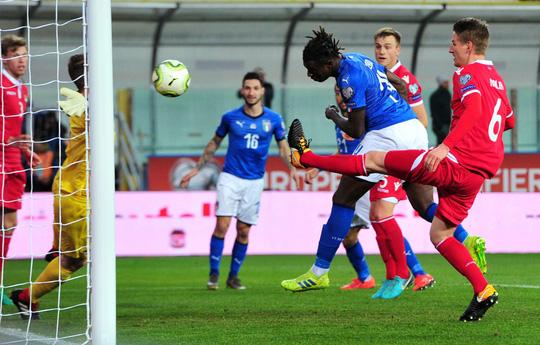 Sao 36 tuổi lập công, Ý tạo mưa bàn thắng ở vòng loại Euro 2020 - Ảnh 4.