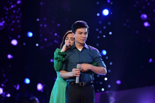 Ca sĩ Phi Nhung tiết lộ về mối quan hệ với Mạnh Quỳnh - Ảnh 2.
