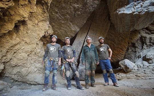 Ngất ngây với hang muối dài nhất thế giới - Ảnh 8.