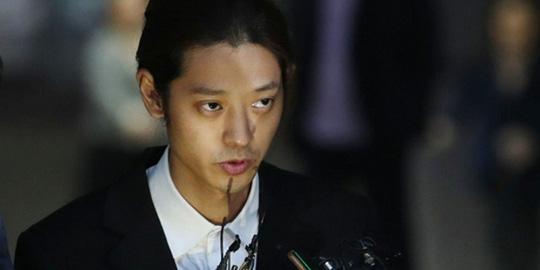 Seungri bị buộc thêm tội phát tán văn hóa phẩm đồi trụy - Ảnh 2.