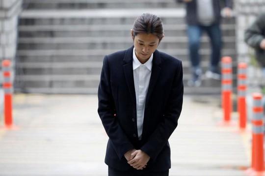 Seungri bị buộc thêm tội phát tán văn hóa phẩm đồi trụy - Ảnh 3.