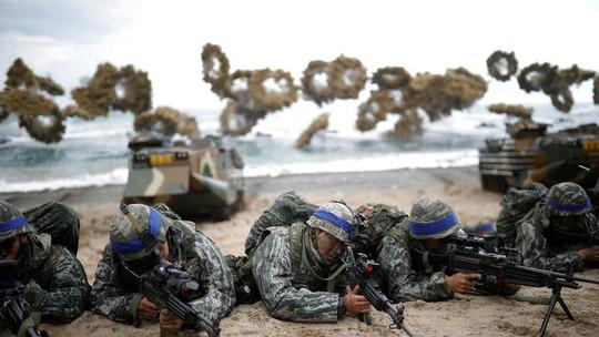 Mỹ - Hàn Quốc xoa dịu Triều Tiên - Ảnh 1.