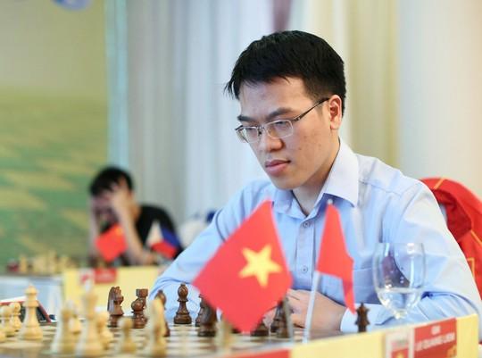 Thua sốc Anh Khôi, Lê Quang Liêm suýt rơi Top siêu đại kiện tướng - Ảnh 2.