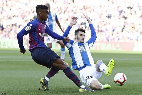 Sao Trung Quốc suýt lập kỳ tích, Messi tiến sát kỷ lục sự nghiệp - ảnh 4