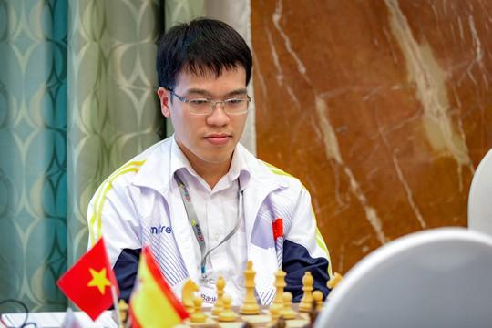 Thua sốc Anh Khôi, Lê Quang Liêm suýt rơi Top siêu đại kiện tướng - Ảnh 3.