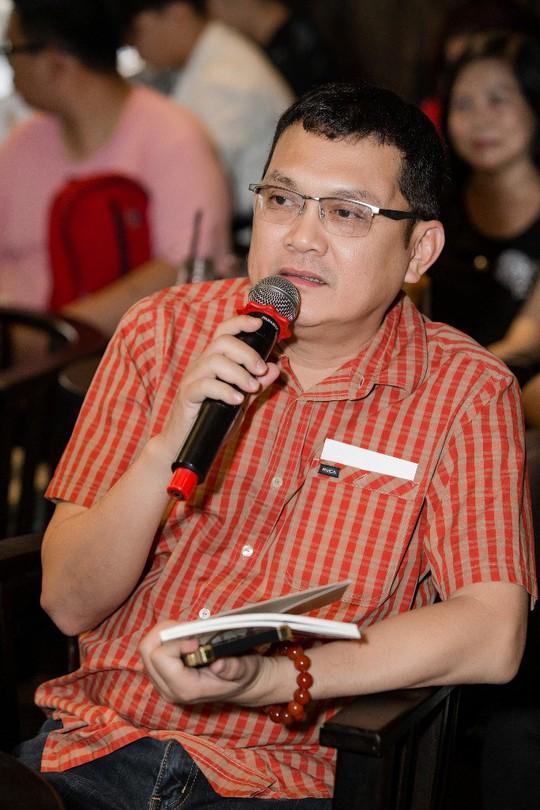 NSƯT Hữu Châu nhắn học trò Minh Dự nuôi cô đơn mà làm nghề - Ảnh 1.