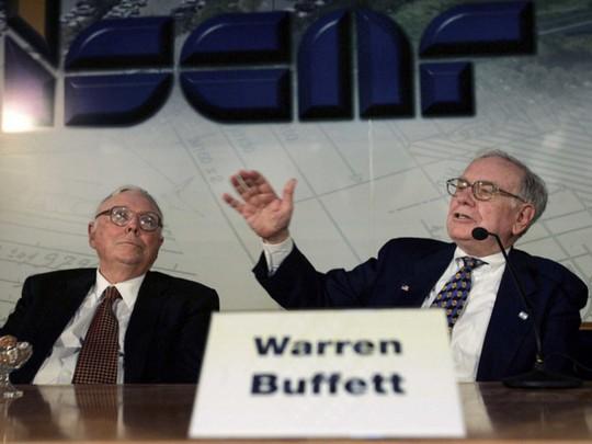 """""""Cánh tay phải"""" của Warren Buffett tại đế chế đầu tư là ai? - Ảnh 1."""