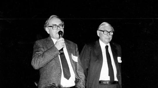"""""""Cánh tay phải"""" của Warren Buffett tại đế chế đầu tư là ai? - Ảnh 12."""