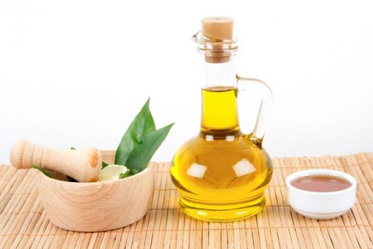 Làm mặt nạ dưỡng sáng da với dầu ô liu và baking soda - Ảnh 3.