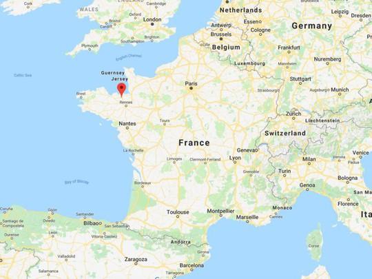Đường lập nghiệp của tỷ phú giàu thứ hai nước Pháp - Ảnh 6.