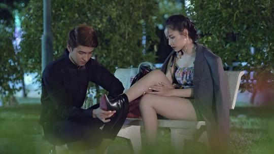 Phim Việt hóa chiếm sóng truyền hình: Lo hơn mừng - Ảnh 1.