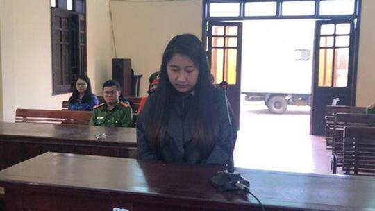 Tháng ngày buông thả của 1 hot girl ở Hà Tĩnh - Ảnh 1.