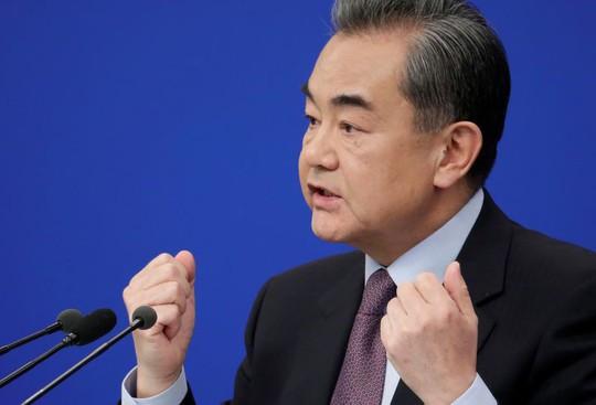 Trung Quốc ra mặt ủng hộ Huawei kiện chính phủ Mỹ - Ảnh 1.