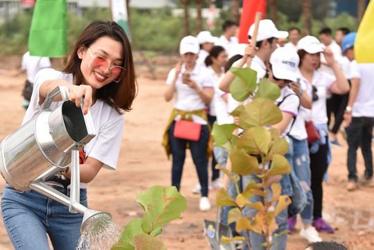 FLC: trồng 10.000 cây xanh tại Lễ phát động chiến dịch Go Green 2019 - Ảnh 6.