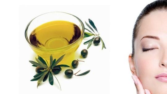 9 lý do phụ nữ nên có một chai dầu ô liu trong nhà - Ảnh 2.