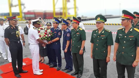 Tàu Lực lượng Bảo vệ bờ biển Ấn Độ thăm chính thức Đà Nẵng - Ảnh 1.