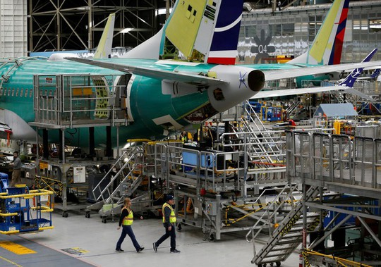 Boeing bị cổ đông kiện tập thể sau tai nạn 737 MAX - Ảnh 1.